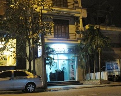 Khách sạn Nhật Tường đường Nguyễn Thái Học của Võ Linh Nghiệm (ảnh: N.T)