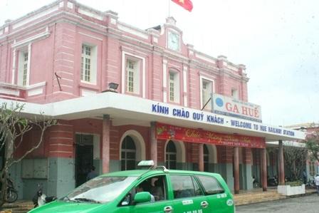 Ga Huế - 1 trong 4 điểm đặt bản đồ khẳng định chủ quyền Hoàng Sa - Trường Sa của Việt Nam