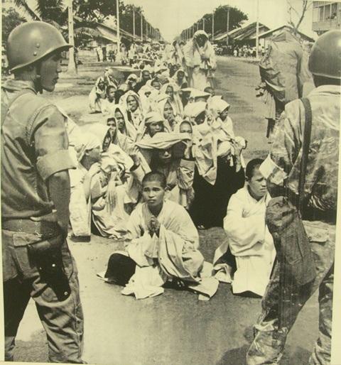 Cảnh sát chính quyền Diệm đàn áp Phật tử và SV,HS biểu tình giai đoạn 1963 tại thành phố Sài Gòn