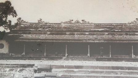 Mặt trước của Điện Thái Hòa năm 1968