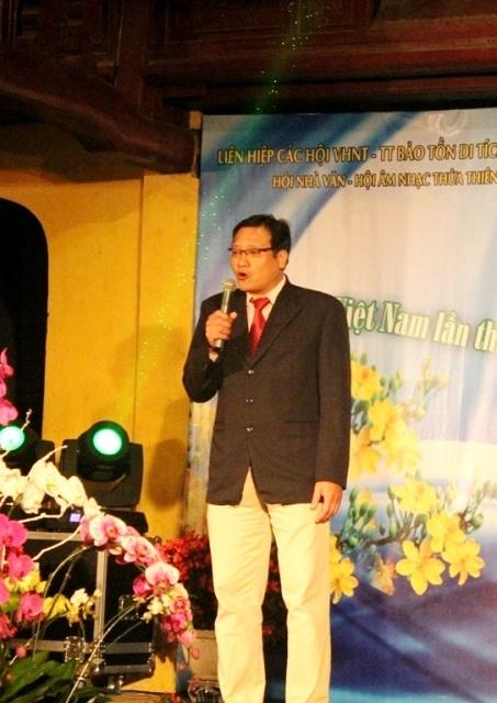 """Nhà thơ, bác sỹ Phạm Nguyên Tường với bài thơ """"Huế"""""""