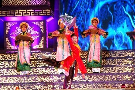 Hình ảnh Đạo lên đồng trong bài múa