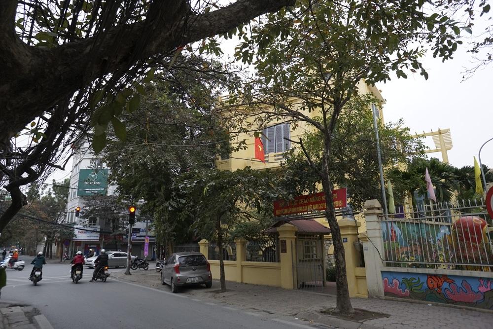 Những lá cờ Tổ quốc trên đường phố thủ đô.