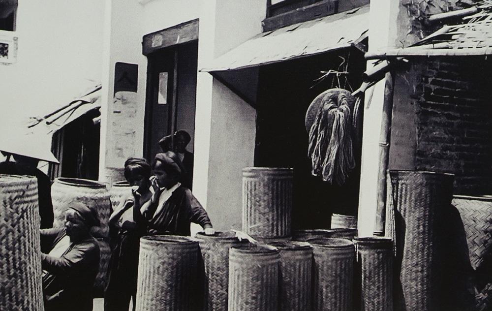 Phố Hàng Chiếu 1896.