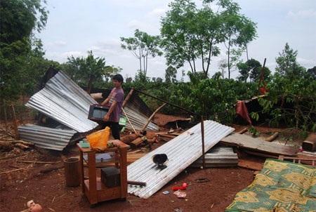 Ngôi nhà của anh Vin thôn Lâm Thung, xã Ia Pết toan hoang sau cơn lốc.