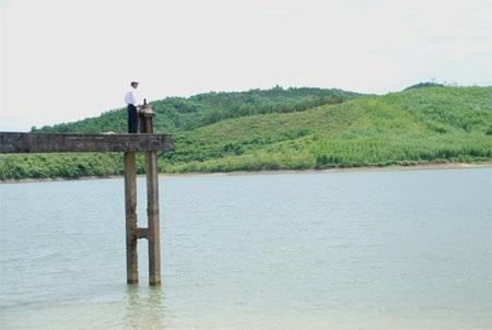 Hồ Cây Cui - nơi hai em học sinh chết đuối thương tâm