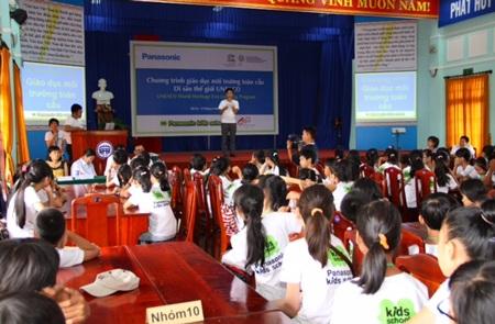 Giáo dục thế hệ trẻ cách bảo vệ di sản thế giới