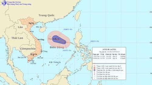 Áp thấp nhiệt đới tiến gần, có thể mạnh lên thành bão