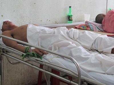 Bệnh nhân Dũng đang trong tình trạng hôn mê.