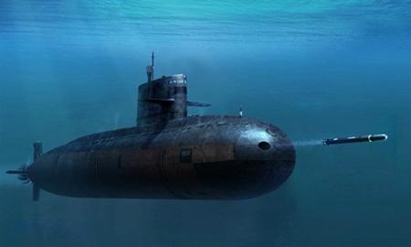 Nạp tên lửa chống hạm 3M54 Club-S vào ống phóng ngư lôi phía mũi tàu Kilo 636 - Ảnh: Tư liệu