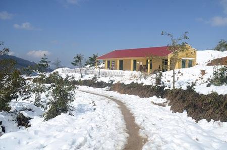 Bản Hà Nhì ngập trong tuyết