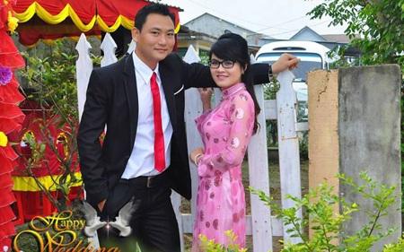 Thảo và Quang trong ngày lễ đính hôn.