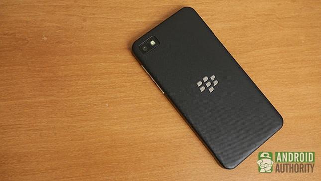 Thua lỗ tiếp gần 1 tỷ đô la Mỹ, Blackberry sắp rời thị trường điện thoại