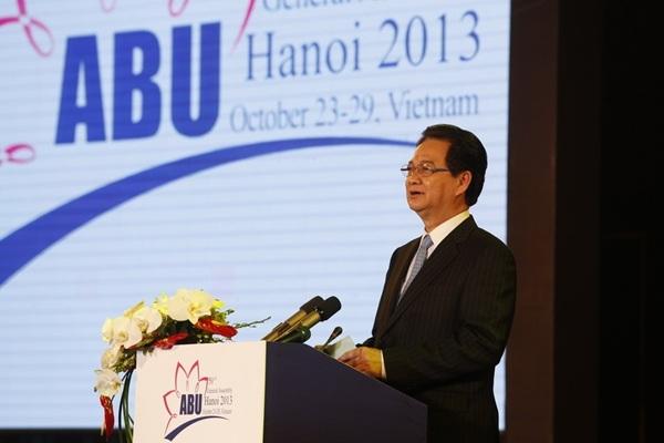 Thủ tướng Nguyễn Tấn Dũngphát biểu tuyên bố khai mạc chính thứcABU GA 50 (ảnh: vtv.vn)