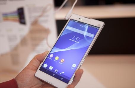 Điện thoại Z2 phiên bản trắng và đen