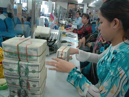 Việt Nam & tín nhiệm nợ công: Phòng bệnh hơn chữa bệnh - 1