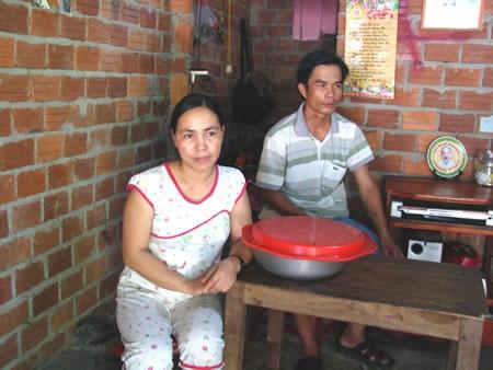 Chị Lê Thị Thanh và anh Trần Văn Liễu - nhân chứng quan trọng trong vụ án. Ảnh: H.T