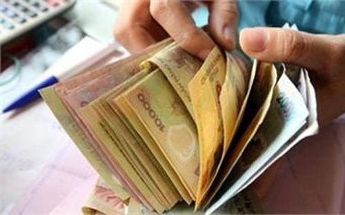Lương tối thiểu sẽ tăng thêm 100.000 đồng/tháng từ 1/7/2013.
