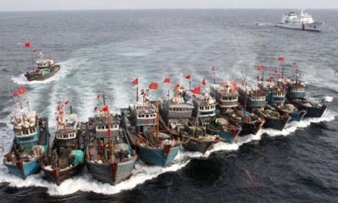 Biển Đông dậy sóng.