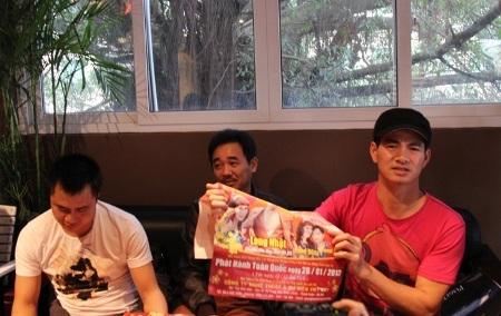 Xuân Bắc, Tự Long và nghệ sĩ hài Quốc Khánh trong buổi gặp gỡ báo chí