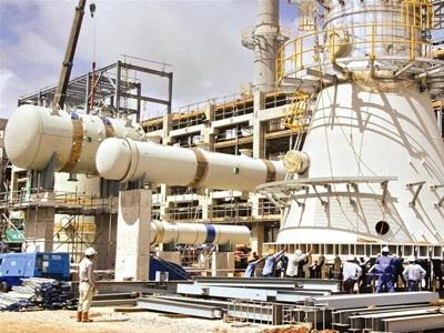 Một góc Nhà máy lọc dầu Dung Quất. Ảnh: Bảo Anh.