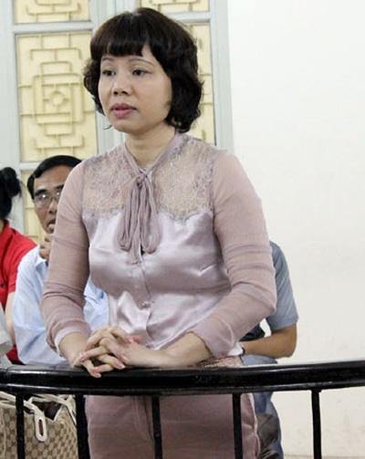 Trần Thu Hằng tại tòa (Ảnh: VietNamNet)