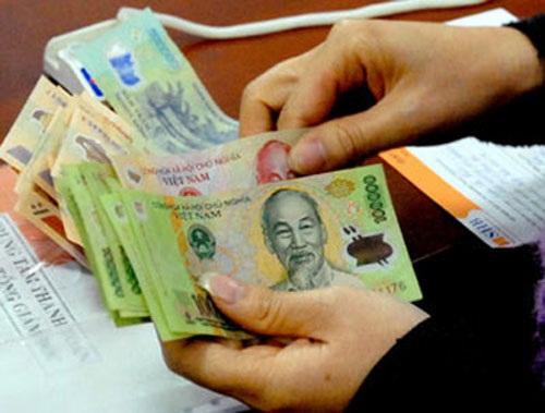 """""""Người Việt thu nhập gần 2.000 USD/năm"""""""