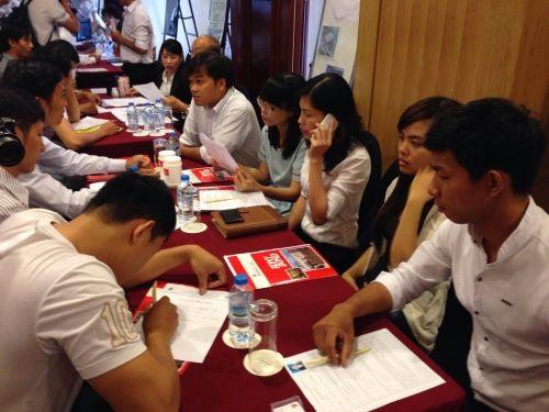 Thực tập sinh trở về từ Nhật Bản tìm việc làm tại ngày hội