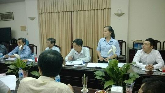 Bà Trần Thị Hồng Vân, Chủ tịch Công đoàn Công ty Nissei Electric Việt Nam, phát biểu tại tọa đàm