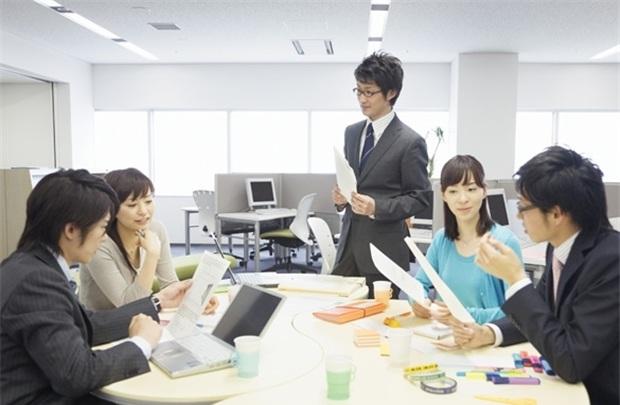 Thảo luận với nhân viên: Bí quyết thành công