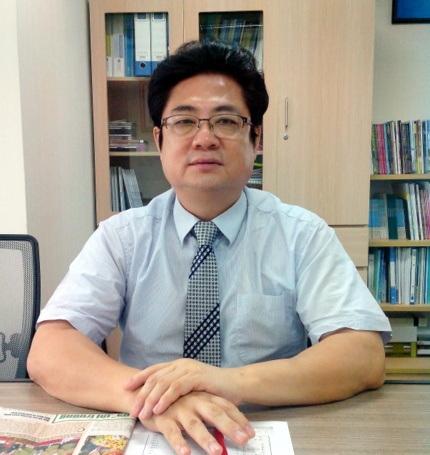 Ông Choi Byung Gie.