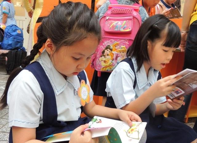 Trẻ luôn cần được khuyến khích đạt hiệu quả học tập cao bằng chính nỗ lực lẫn niềm vui của bản thân