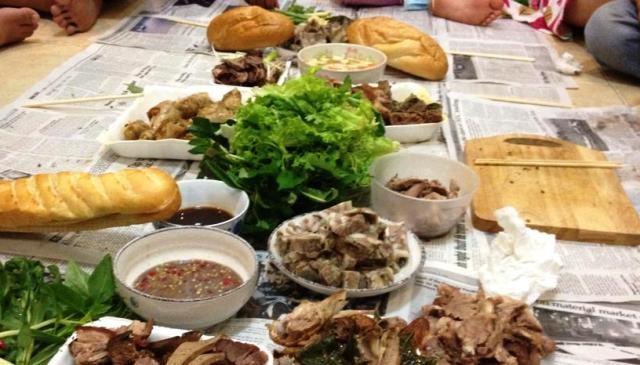Sự lãng phí thực phẩm có thể dễ dàng nhìn thấy khắp các bàn ăn ở Việt Nam