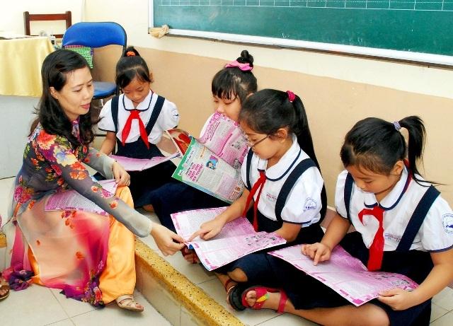 Áp lực còn nhiều, niềm vui gần và dễ tìm nhất của người thầy chính là học trò
