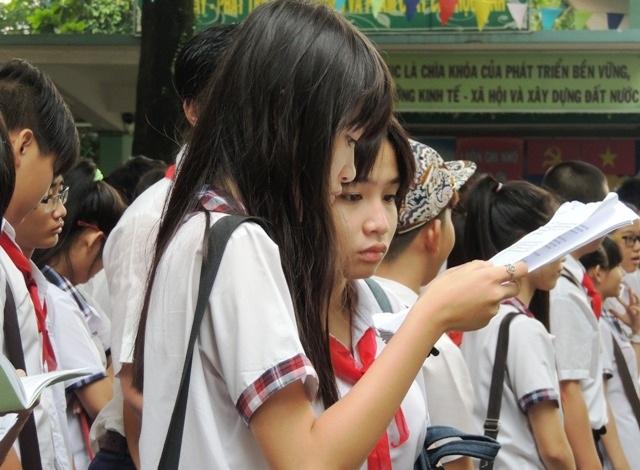 Đọc thuộc lòng bài giảng của thầy cô là cách thức ôn bài quen thuộc của học trò