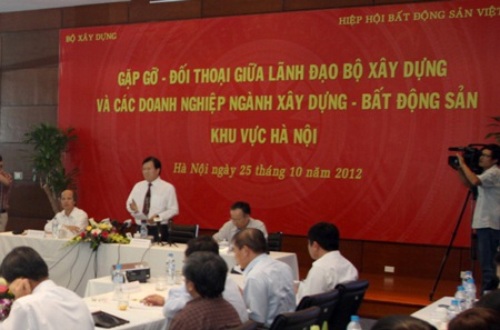 Bộ trưởng Xây dựng cho rằng nếu bất động sản khó khăn thì sẽ hưởng tới kinh tế vĩ mô
