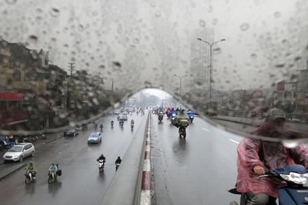 Một tầm nhìn thông thường của người đi đường trong những ngày mưa.