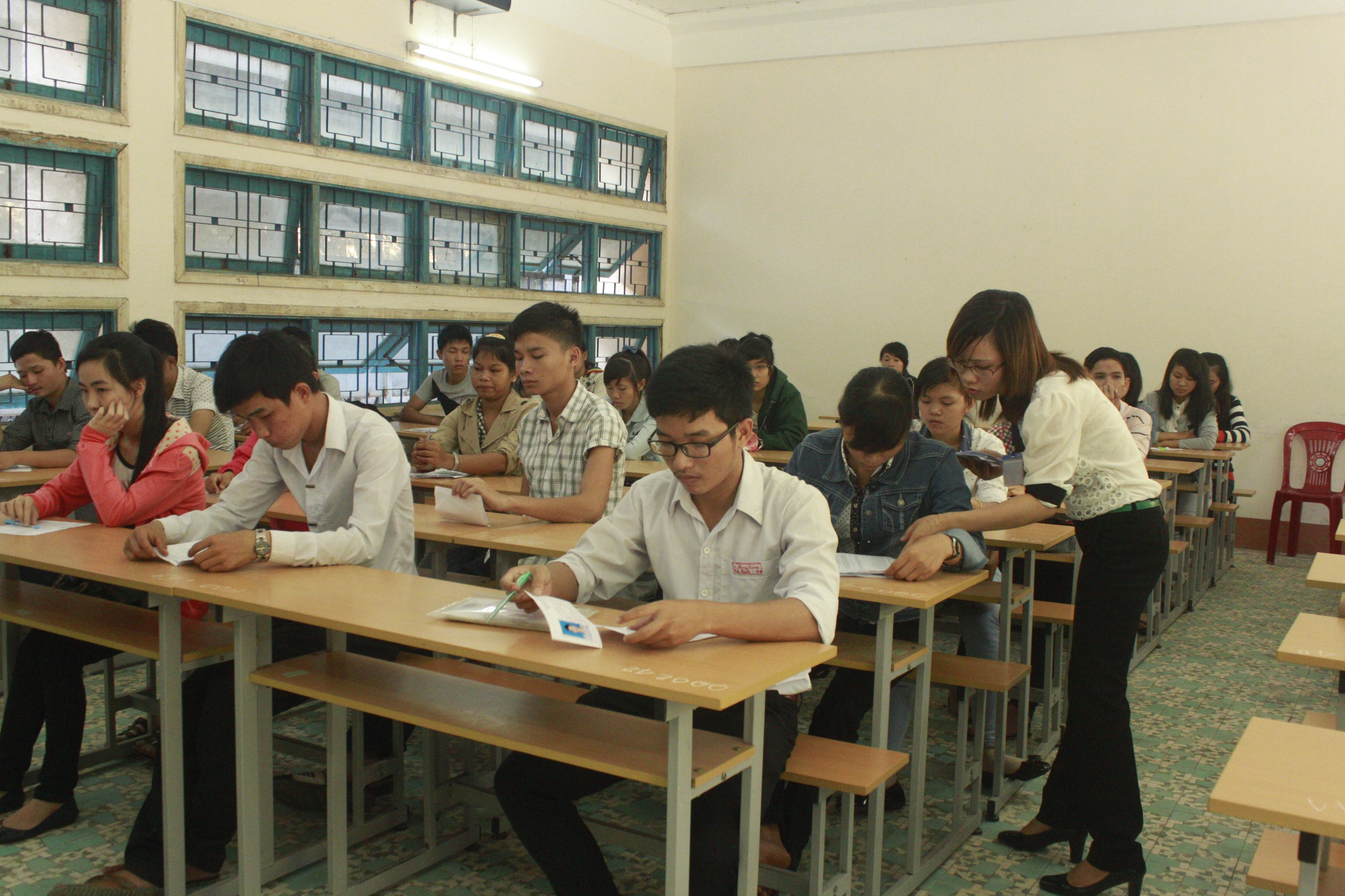Thí sinh dự thi ĐH, CĐ tại cụm thi liên tỉnh Bình Định năm 2014