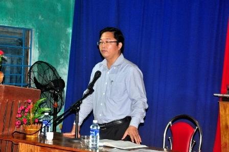 Chủ tịch huyện Điện Bàn, ông Lê Trí Thanh tại cuộc đối thoại
