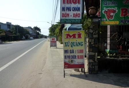 Mì Phú Chiêm và bê thui có mặt tại các quán ăn từ bình dân đến nhà hàng