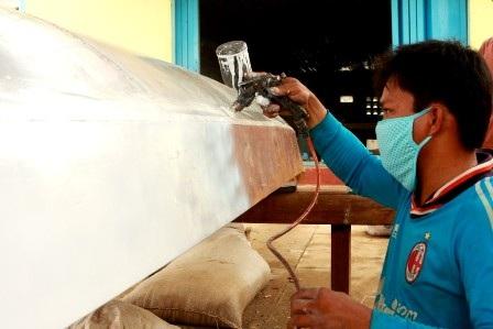 Có điện, ngành đóng và sửa chữa tàu ở Lý Sơn sẽ phát triển