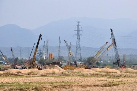 Thứ trưởng Bộ GTVT Nguyễn Ngọc Đông làm việc với 3 địa phương của tuyến đường cao tốc