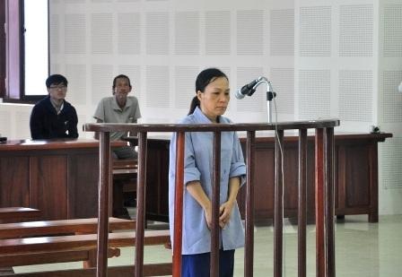 Bị cáo Nguyễn Thị Thanh Hương tại phiên tòa ngày 24/4