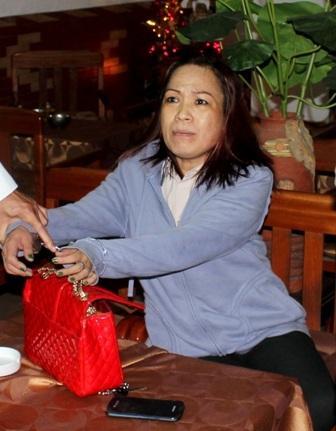 Bà Nguyễn Thị Thanh Hương lúc bị bắt quả tang