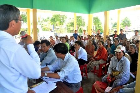 Lãnh đạo huyện Duy Xuyên đối thoại với người dân vào ngày 30/5