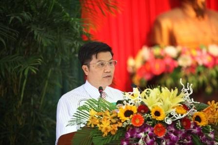 Ngô Quang Vinh - Giám đốc Sở VHTT-DL Đà Nẵng - trả lời ý kiến chất vấn của đại biểu