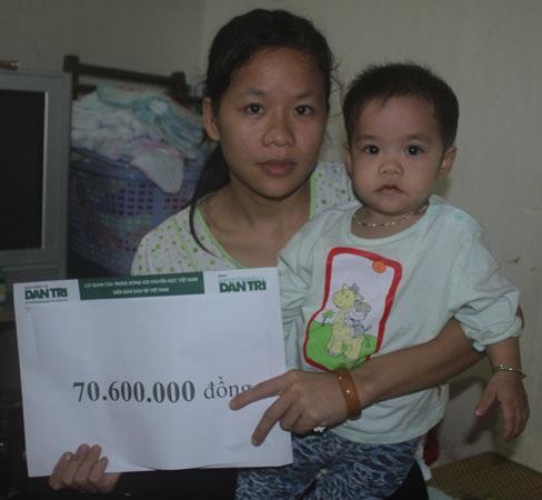 Hơn 70 triệu đồng đến với hai chị em sinh đôi trong héo, ngoài tươi