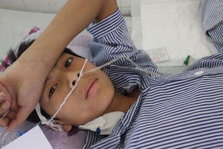 Quỹ Nhân ái trao 10 triệu đồng đến hai bệnh nhân bị bỏng điện cao thế