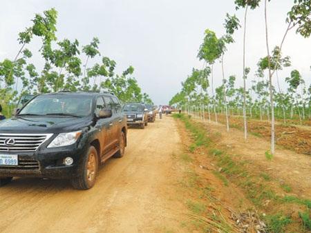 Việt Nam tìm lại vị trí đầu tư số 1 tại Lào - 1