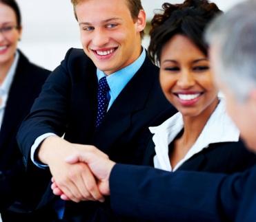 9 lời khuyên giúp người trẻ thành công trong sự nghiệp - 1
